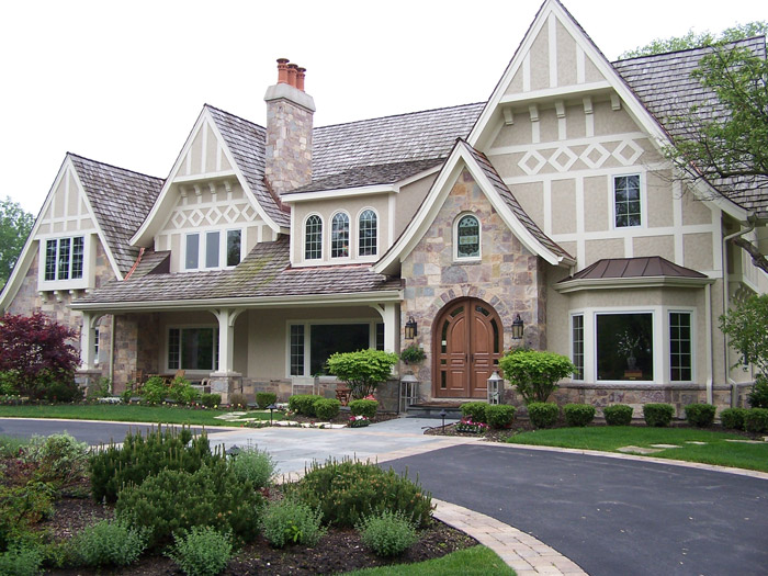 Stucco experts stucco in chicago il castino painting for Exterior house painting in cold weather